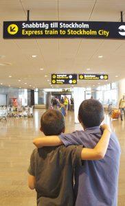 A primeira viagem de avião sem os pais