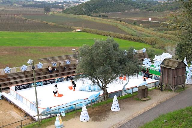 pista de gelo na obidos vila natal
