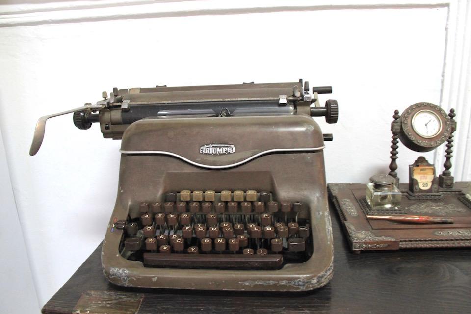 museu da lourinha maquina escrever