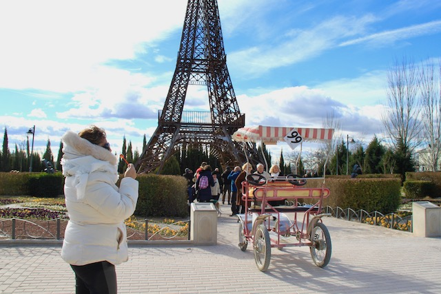 parque europa torre eiffel madrid em familia