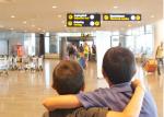 primeira viagem de avião sem os pais