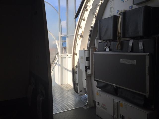 porta avião aberta