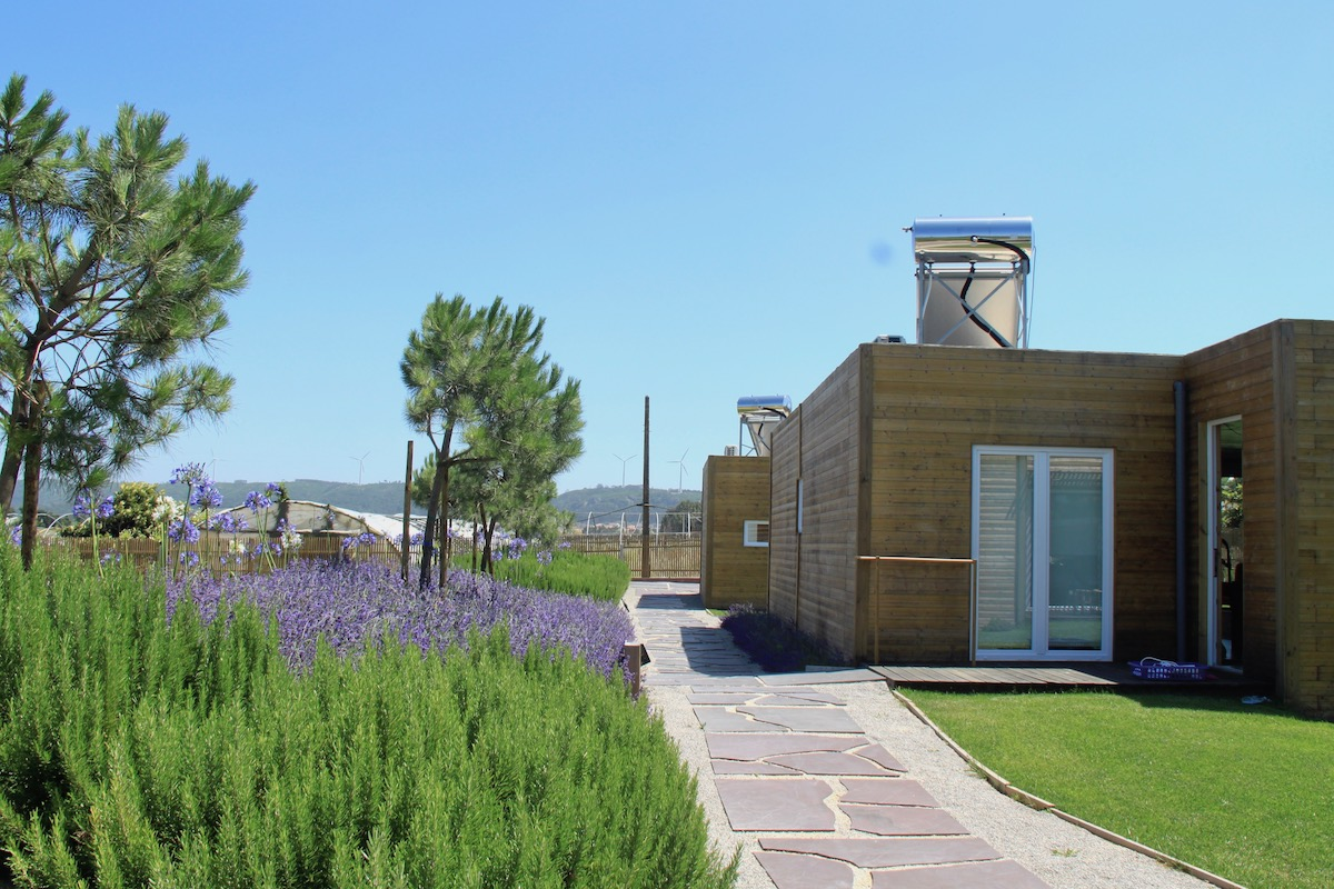 obidos wood villas flores