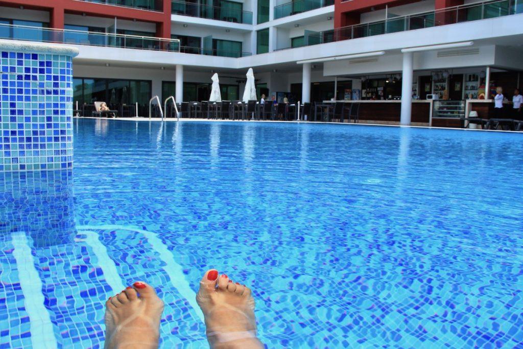 aquashow park hotel piscina exterior