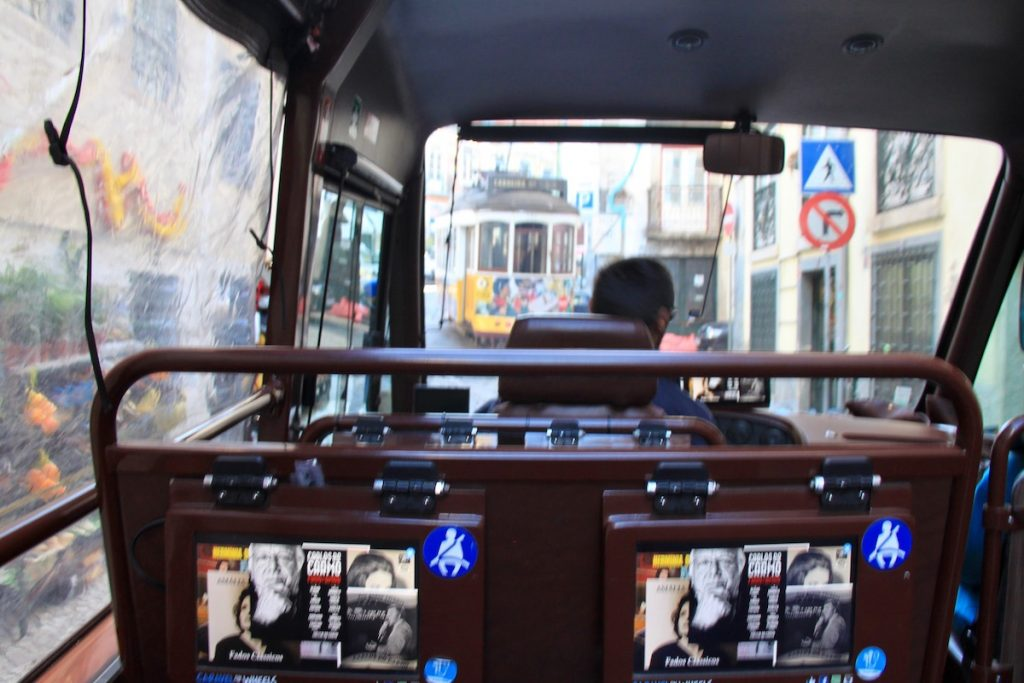 caravel on wheels alfama
