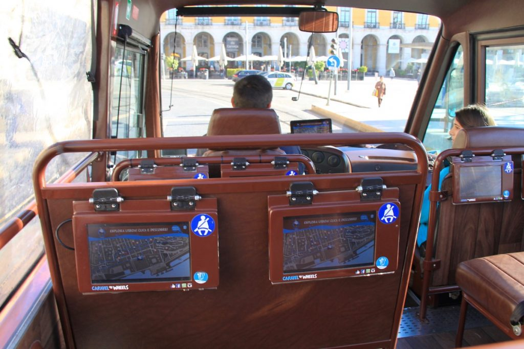caravel on wheels praca comercio